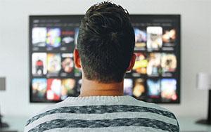 TV-program, underh†llning och politik