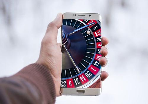 Blackjack Switch on Mobile
